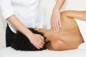 epaule massage molitg